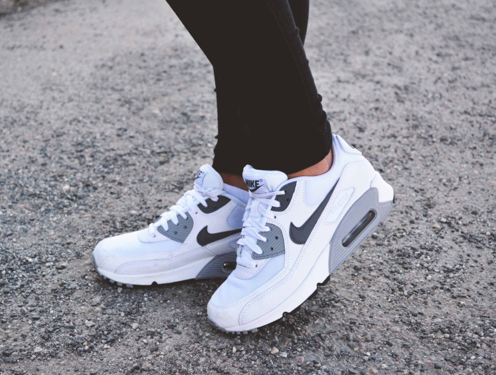 new product c039a 214e4 NIKE AIR MAX 90   LOVEBYELLIS